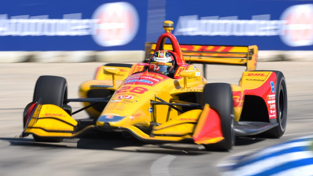 Ryan Hunter-Reay sails through Turn 8 during Race 1 of the Chevrolet Detroit Grand Prix at Belle Isle Park